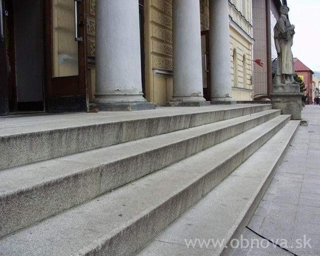 narodny-dom2002-25
