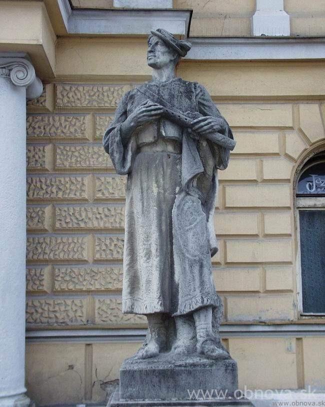 narodny-dom2002-27