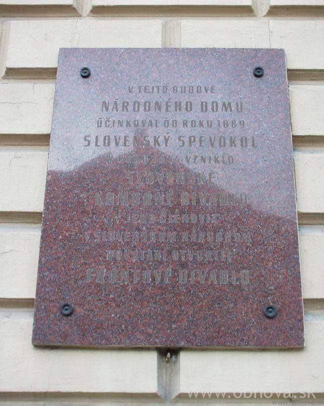narodny-dom2002-29