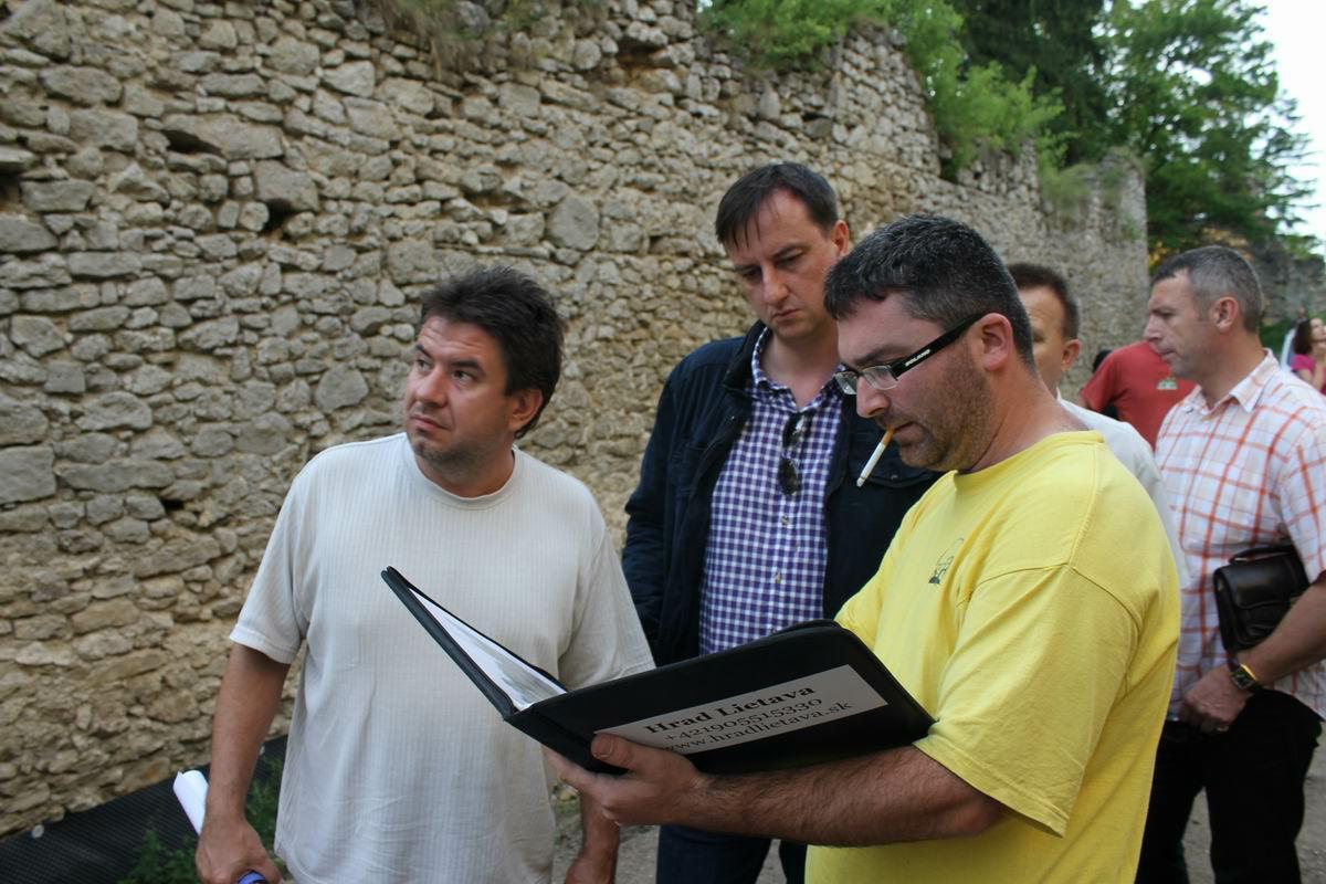 Návšteva ministra Krajcera na Lietavskom hrade