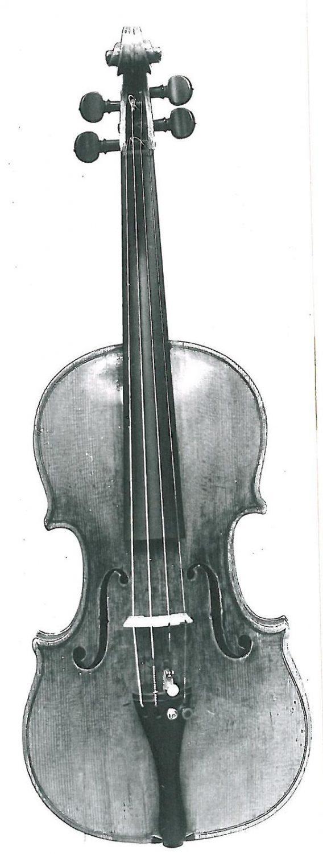 2664117 Stradivari1728-Vorderansicht