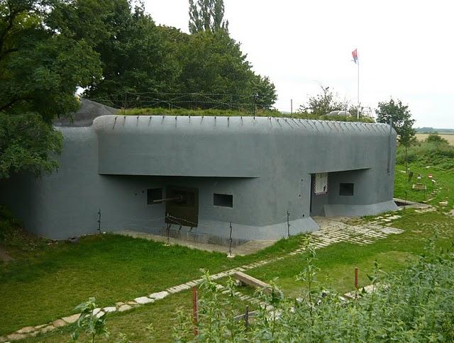 Bunker BS-8 Hřbitov (bs8.yw.sk)