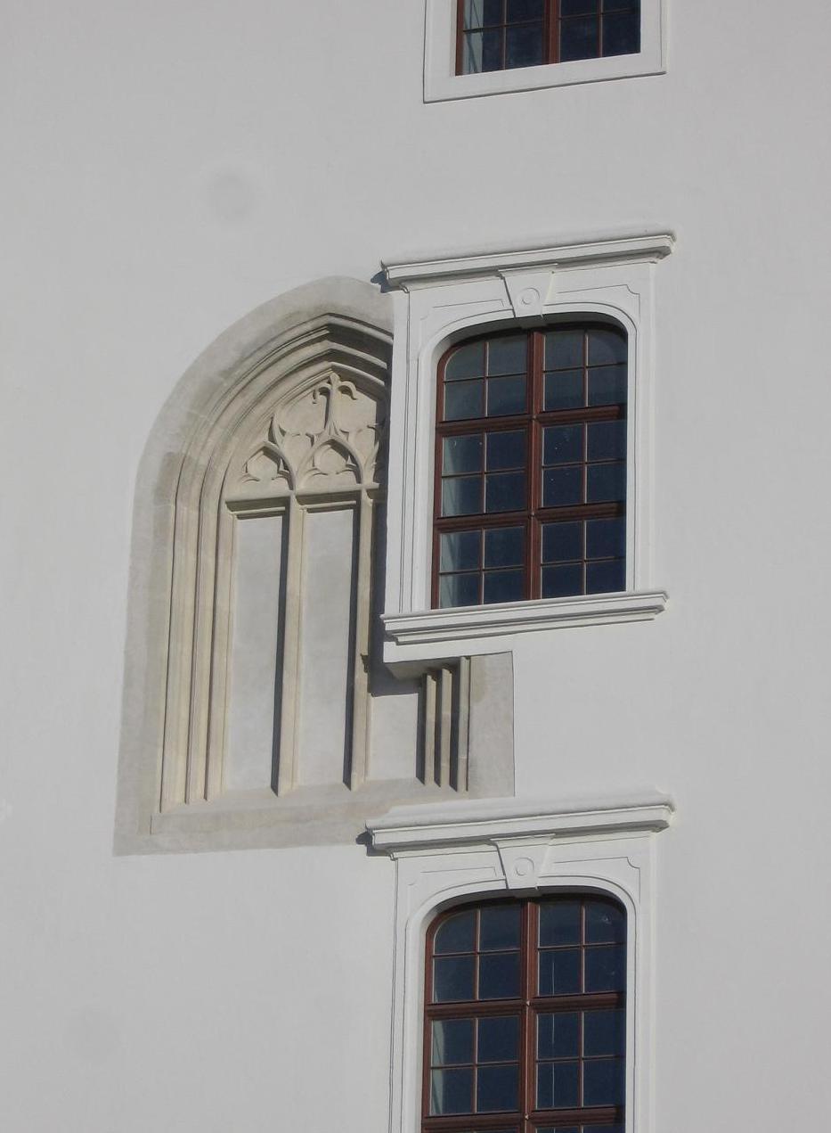 Okno Žigmundovskej gotiky na Bratislavskom hrade, foto: Kamil Nováčik