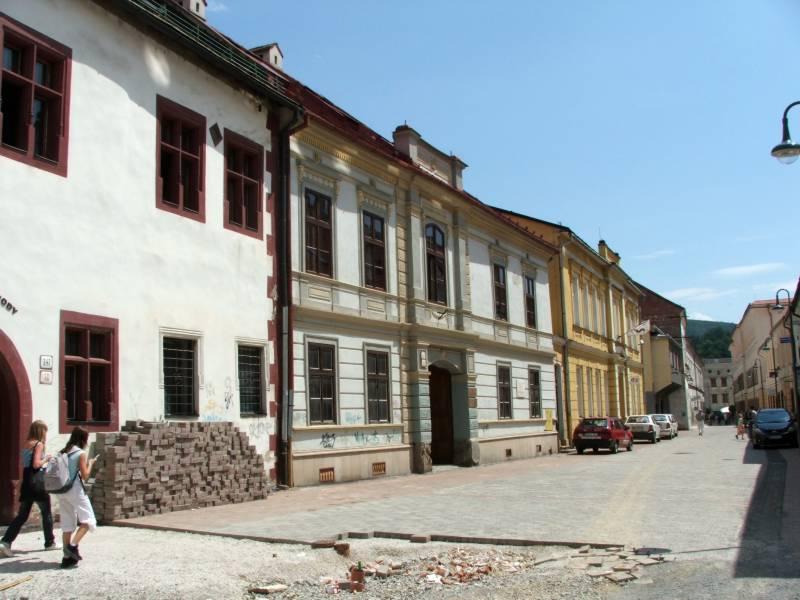 Budova úradu v B. Bystrici, foto: www.pamiatky.sk