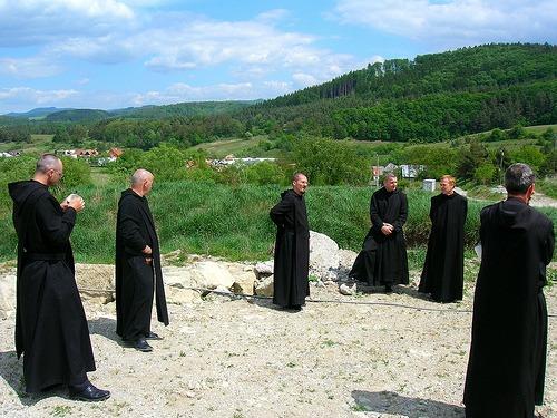 Benediktíni, ilustračné foto, zdroj net