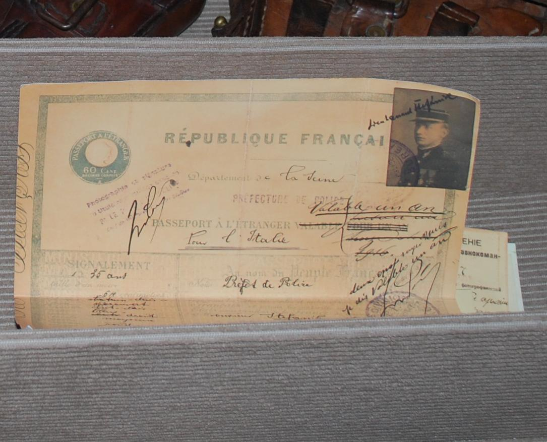 Kópia francúzskeho pasu M. R. Štefánika, ilustračné foto: Kamil Nováčik