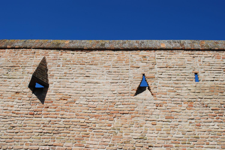 Detail zakonzervovaných mestských hradieb v Trnave, foto: Kamil Nováčik
